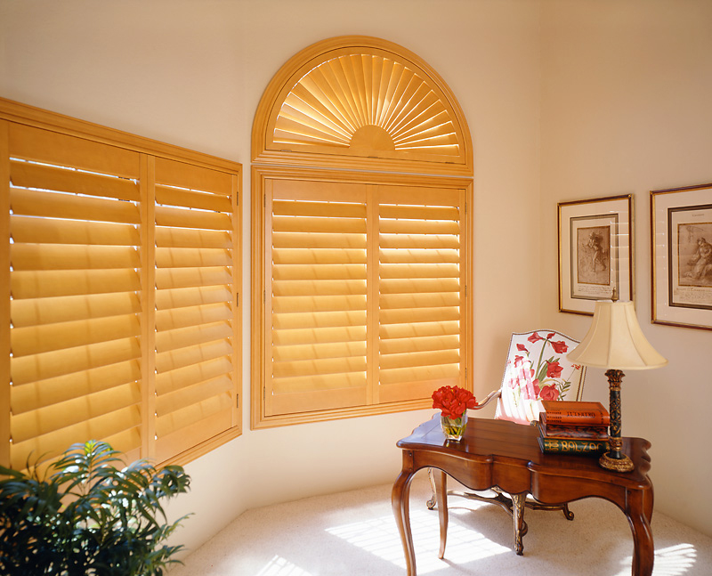 Supreme Wooden Shutters 65